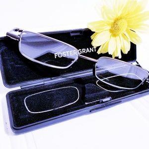 Foster Grant Gavin Fold Flat Reading Glasses +1.25